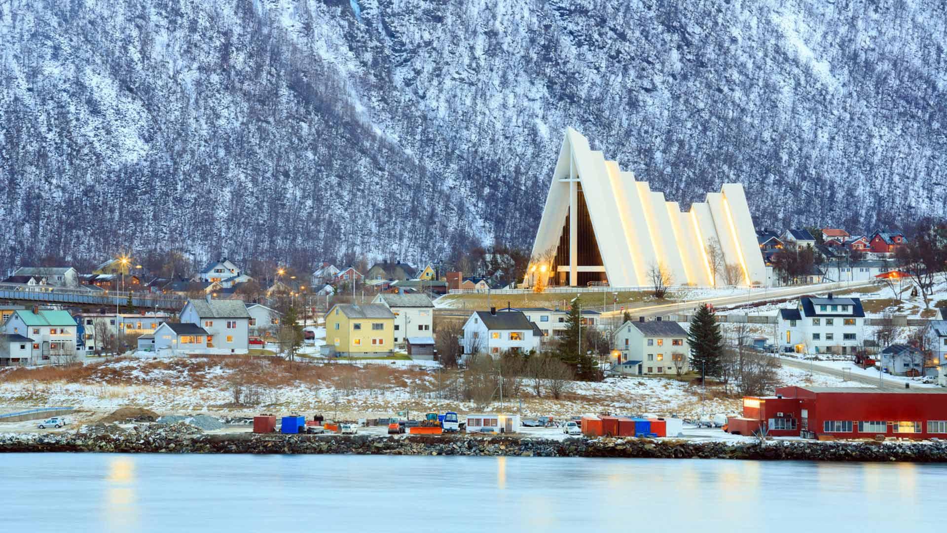 Norway Dec  Tours