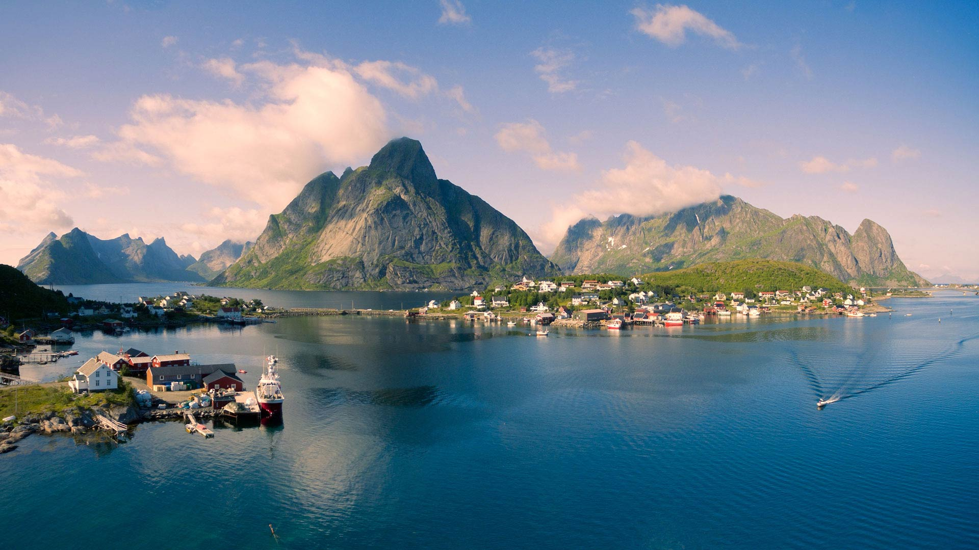 Car Rental Reine Norway